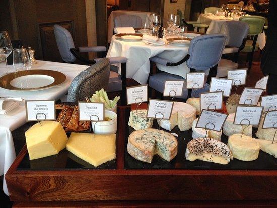 Roux at The Landau: Wonderful Cheese Trolley