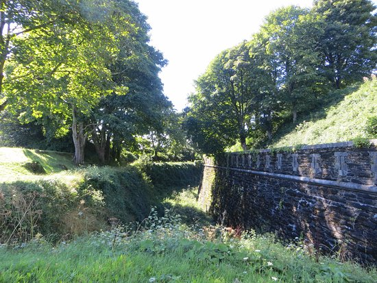 Crownhill Fort: Defensive ditch