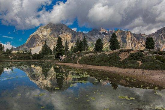Alta Badia, Italien: Sullo sfondo il Lagazuoi