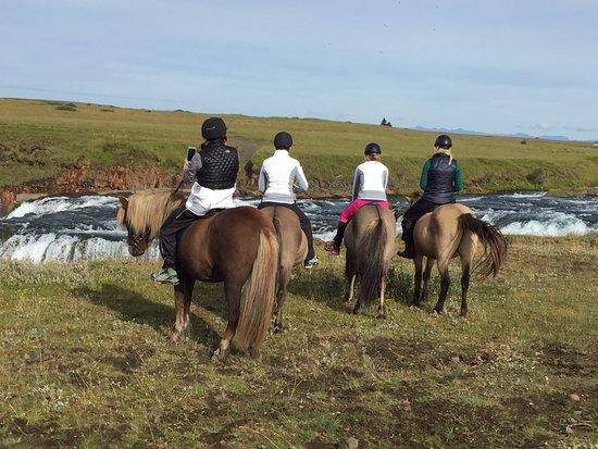 Hvolsvollur, أيسلندا: Riding Icelandic horses