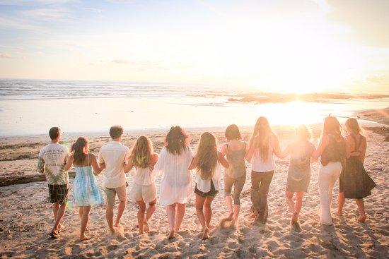 Pranamar Villas and Yoga Retreat: friends enjoying the sunset