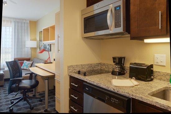 Portland, TX: In Suite Kitchen