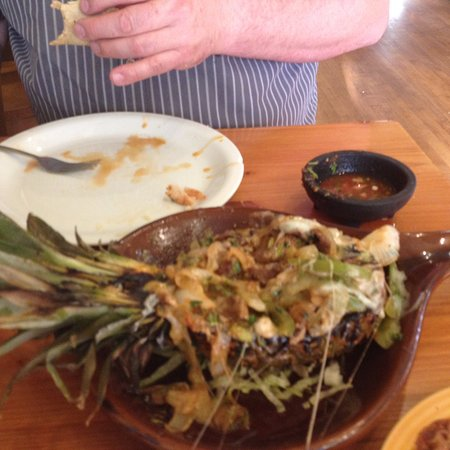 Payson, UT: Part way through the scrumptious pineapple fajita.