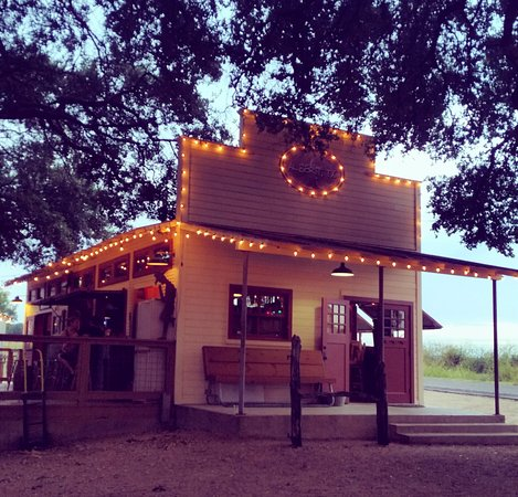 Stonewall, TX: Late Afternoon at Albert Ice House.