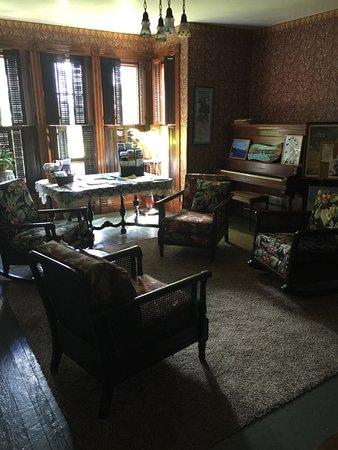 Ashtabula, OH: common area on first floor