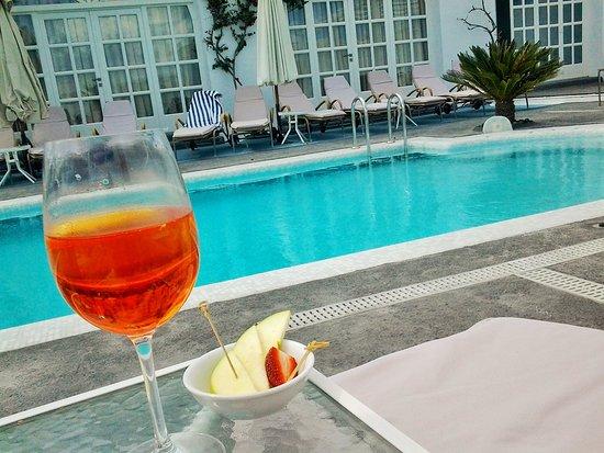 Aressana Spa Hotel and Suites: desde la piscina
