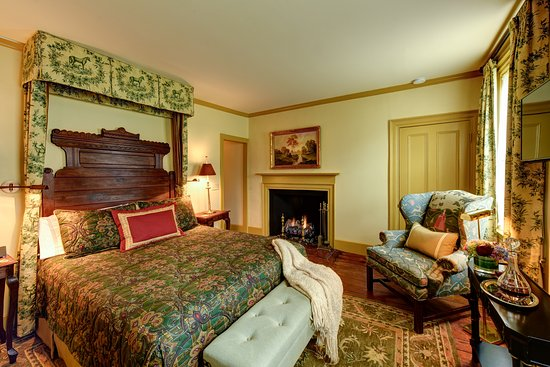 Inn by the Bandstand: Tuck Room