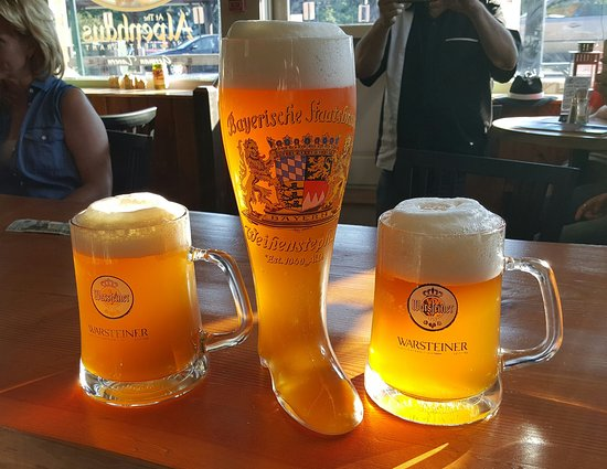 New Milford, CT: The BOOT and a pair of MAS (The Alpenhaus Short Beer)