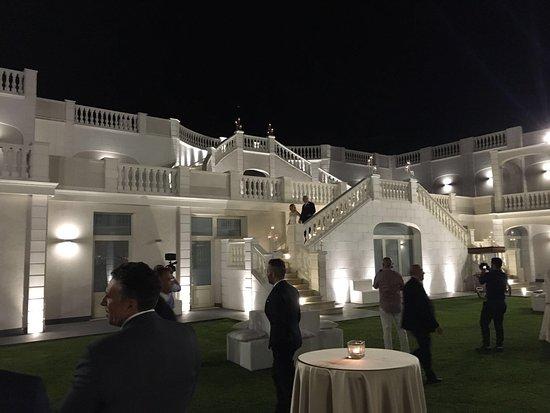 Viagrande, Italien: Villa Athena