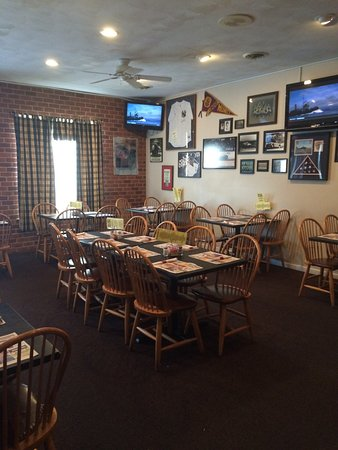Muncy, PA: Dining Room