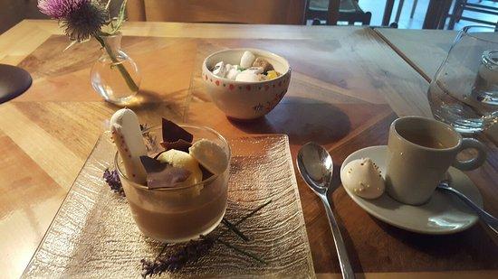 La Clusaz, Francia: Mousse au chocolat excellente