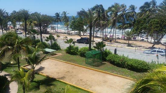LD Le Flamboyant: playa desde el hotel