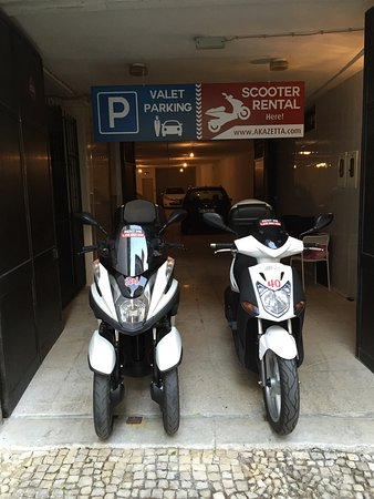 Akazetta Scooter Rental