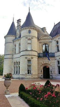 Chateau de Mirambeau: Fotor_147154235139461_large.jpg