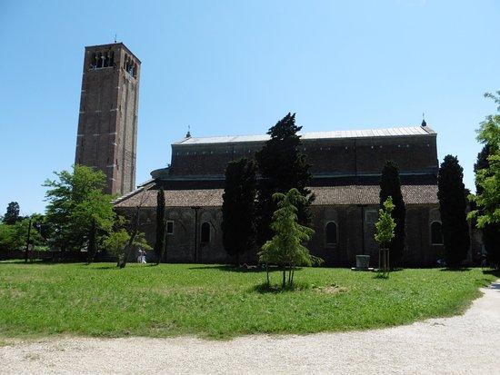 Torcello, İtalya: Vue d'ensemble de la cathédrale