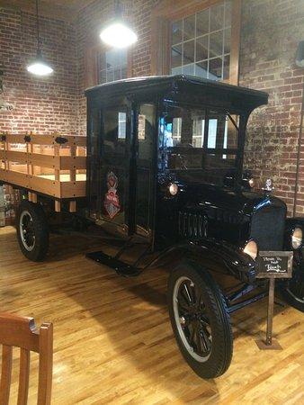 Mifflinburg, Pensilvania: Antique Vehicle