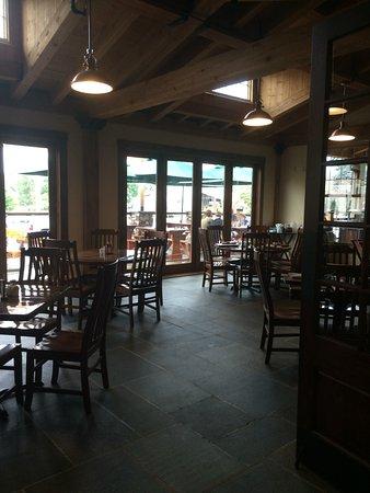 Mifflinburg, Pensilvania: Dining area