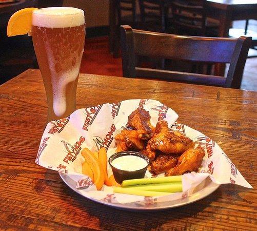 Peoria, IL: Food, drinks & sports