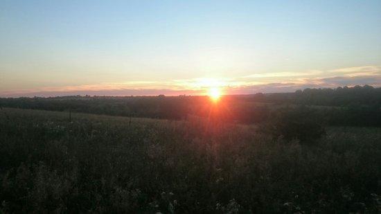 Abridge, UK: Enjoying the sunset and a drink at Miller and Carter