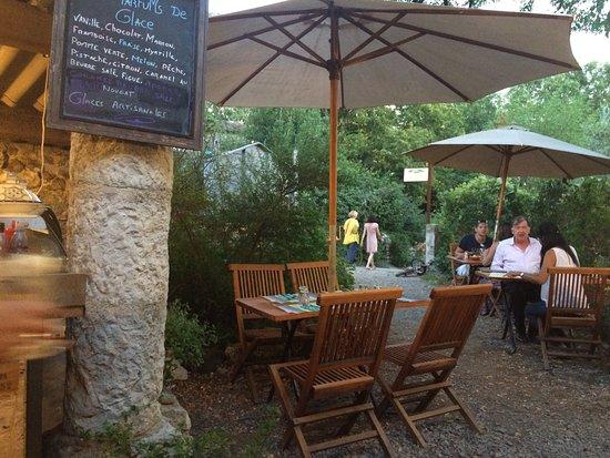 Balazuc, Francia: Là terrasse