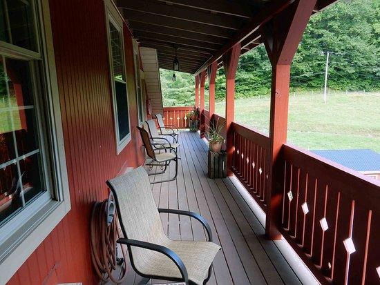 Millersburg, OH: Deck area outside Camelot Room