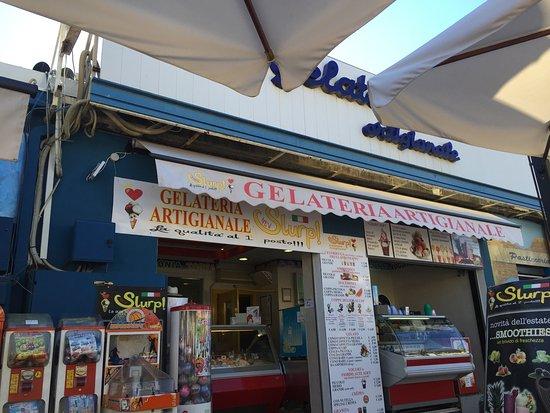 Montalto di Castro, Ιταλία: La gelateria