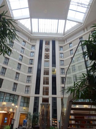 Sofitel London Gatwick: photo0.jpg