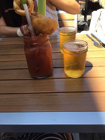 Campbell, Καλιφόρνια: The ultimate Bloody Mary. Comes with a beer back