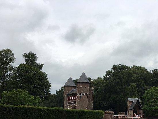 Haarzuilens, Belanda: Omgeving rondom met stukje kasteel.
