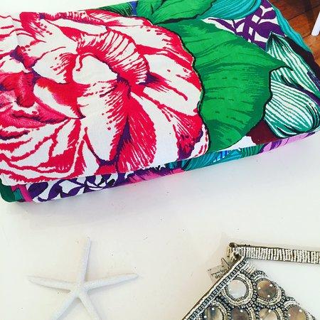 Makawao, Hawaï: Find Desigual clothing + accessories at Hurricane Ltd.