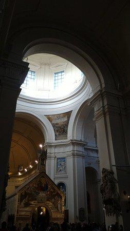 Santa Maria degli Angeli, Italia: P_20160820_190100_large.jpg