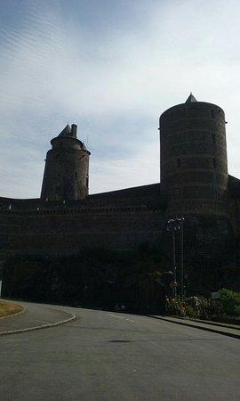 Fougeres, Frankrike: 20160826_123331_large.jpg