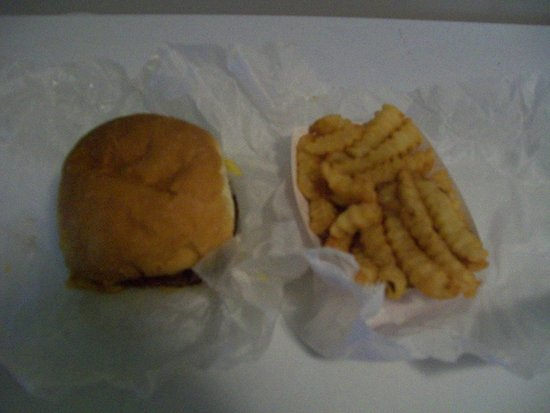 ‪‪Dobson‬, ‪North Carolina‬: Bacon Double Cheeseburger & Fries‬
