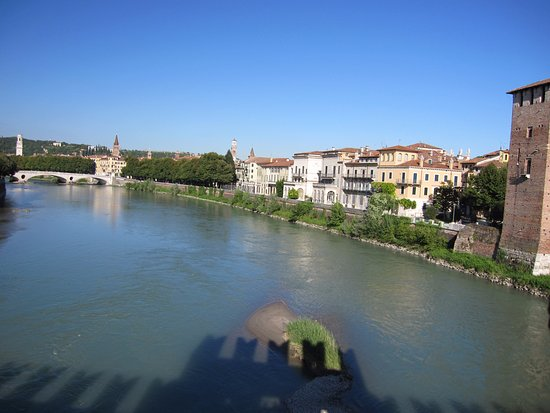 Museo di Castelvecchio: Veduta di Verona dal Ponte Scaligero