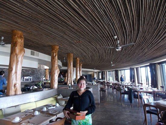 Hotel Hangaroa Eco Village & Spa: O AMPLO RESTAURANTE