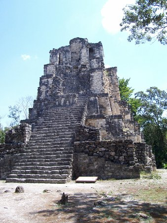 Messico del sud, Messico: Muyil Pyramid 15 minutes south of Tulum