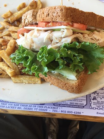 Saint Albans, VT: Vermonter sandwich with French fries at Linda's
