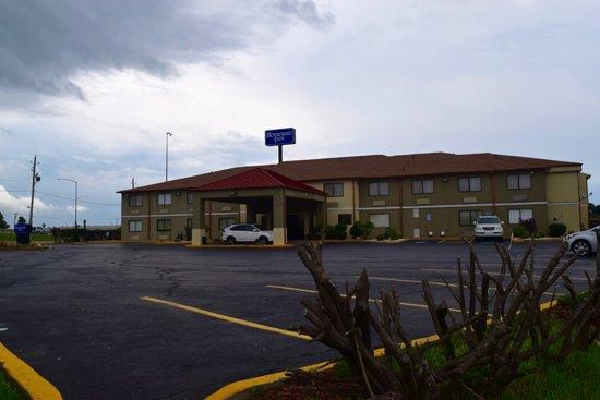 Δυτικό Μέμφις, Αρκάνσας: Hotel Grounds