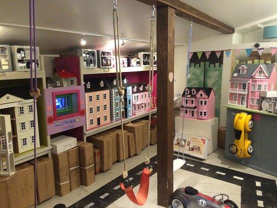 Porvoo, Finland: Beautiful dolls houses!