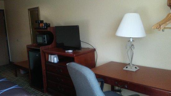 Lynchburg, VA: Bedroom