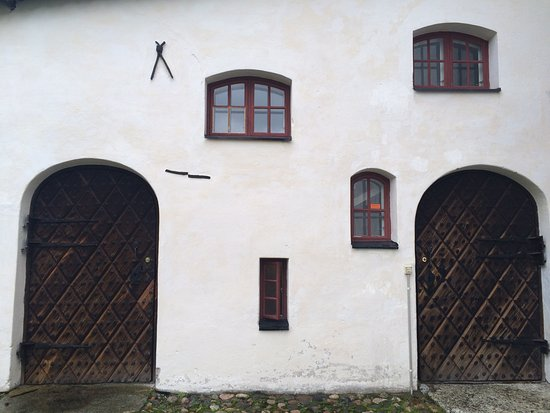 Porvoo, Finland: Cute doors and windows!