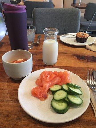 H2 Hotel Breakfast, great Salmon