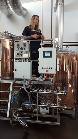 Four Mile Creek, Australië: Brewery tour. Fun and informative.