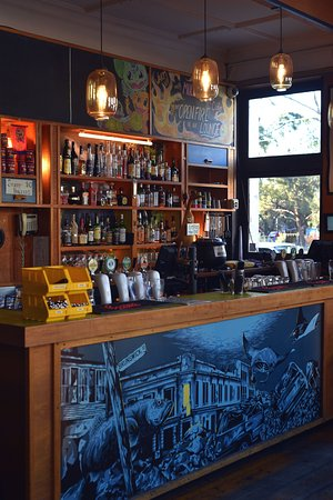 Fitzroy, Австралия: Front bar