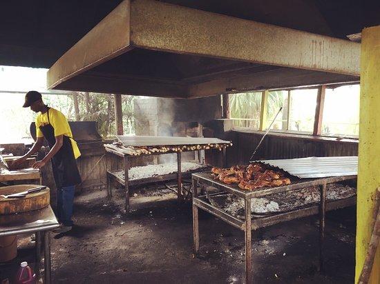 Pork Pit: photo0.jpg
