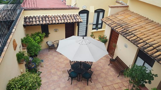 Villa Mirasol Hotel: 20160824_190614_large.jpg