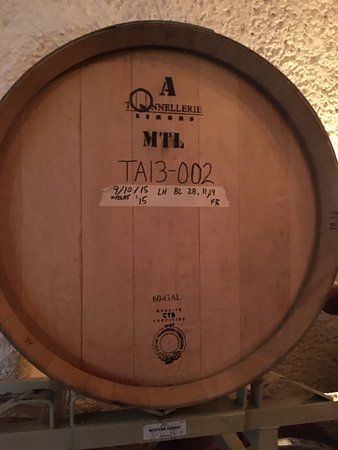 ‪هيلدسبيرغ, كاليفورنيا: Bella Vineyards Oak Barrel‬