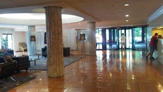 Washington Plaza Hotel : 0825160946b_large.jpg