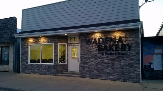 Wadena, Canada: Our renovated store front.