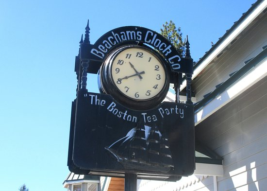 Sisters, OR: Beacham's Clock Co., Ashand, Oregon